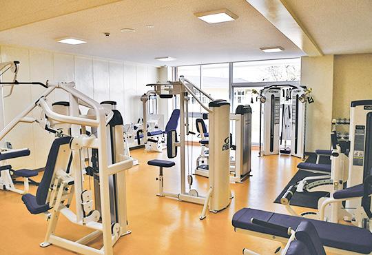トレーニングルーム(ウエイトマシンエリア)